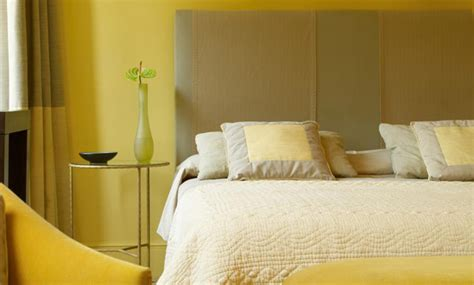 Is Yellow A Color For A Bedroom by Yellow Color Schemes For Bedrooms With Best Designs