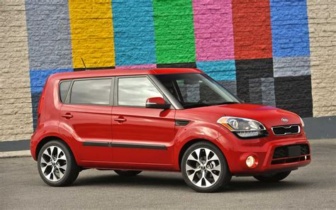 2012 Kia Sonata 2012 Kia Soul Profile Photo 3