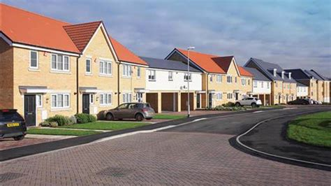 homes    pick  todays  build property  east anglia