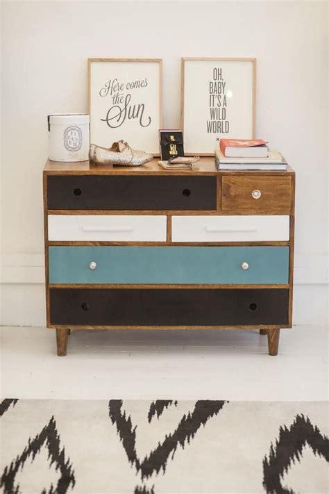 relooker bureau les 25 meilleures id 233 es concernant tiroirs peints sur