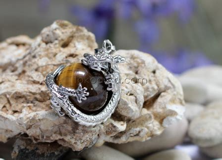 Batu Akik Darah 054 liontin batu mata harimau toko perhiasan batu mulia batu