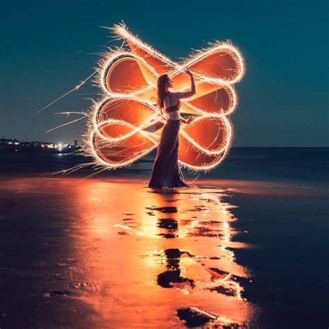 imagenes impactantes facebook impactantes retratos de light painting con fuego por zach