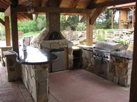 pizza oven outdoor kitchen anyone a wood fired pizza oven 24hourcfire