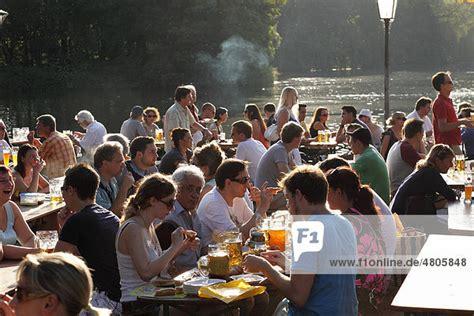 Englischer Garten München Biergarten Preise by Bayern Deutschland Englischer Garten M 252 Nchen