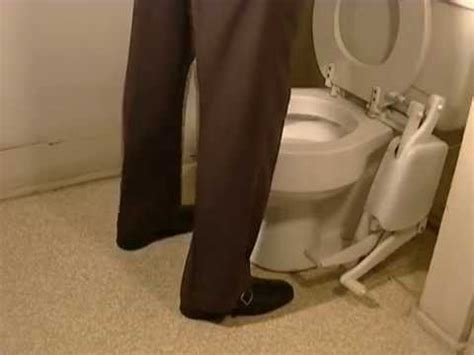 toilet seat lifter pedal foot operated toilet seat the easyseat