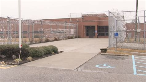 Richland County Arrest Records Columbia Sc Detainees Started At Richland County Detention Center Wltx