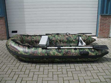 rubberboot voor karpervissen roughneck camouflage ribs in 265 290 en 320 cm 201 die mogen