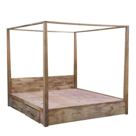 letto a baldacchino in legno letto a baldacchino in legno idee di design per la casa