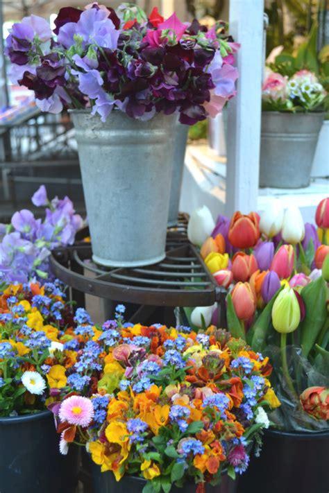 mercato di fiori il mercato dei fiori di dusseldorf la figurina