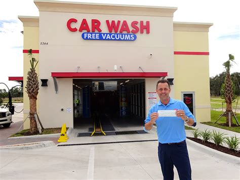 Car Wash In Port Fl by Naples Car Wash Service Naples Florida Auto Cleaning Services
