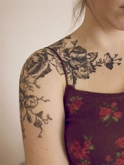 henna tattoo designs collarbone 25 best hinna on shoulder collar bone images on