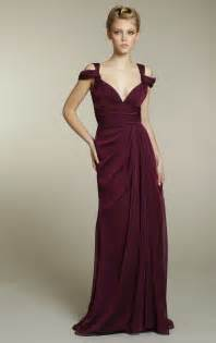 maroon color prom dress chiffon bridesmaids dress in rich maroon color