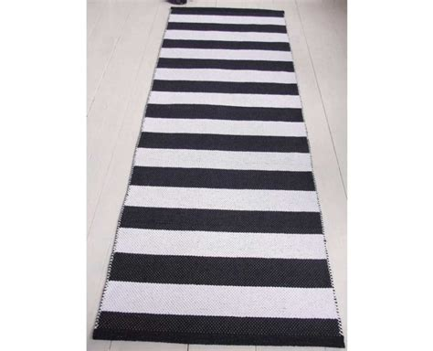 Black Runner Rug Black And White Striped Runner Rug Roselawnlutheran