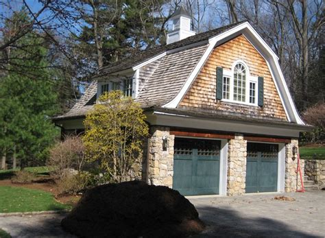 1000 ideas about carriage house 1000 ideas about carriage house on carriage house garage garage with apartment and