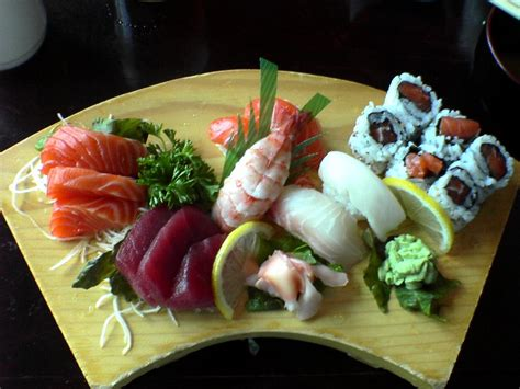 sushi in list of sushi and sashimi ingredients