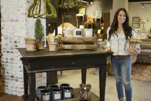 Joanna gaines with magnolia home by joanna gaines paint