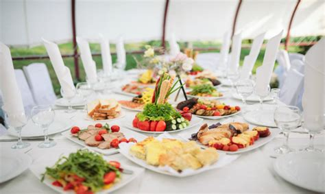 come apparecchiare un tavolo come apparecchiare la tavola per un elegantissimo buffet