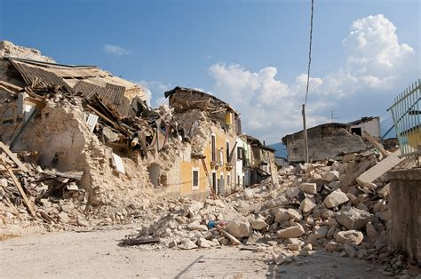 earthquake disaster management how gis is saving the day 5 gis tools for disaster