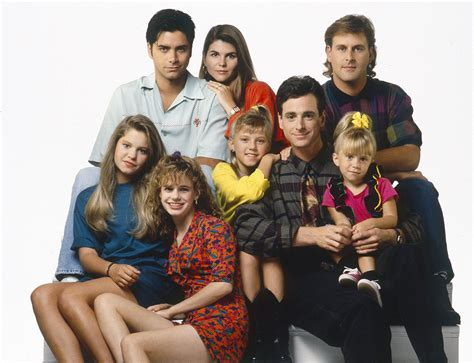 House Tv Series Episodes Fuller House Is Officially Coming To Netflix Flavorwire
