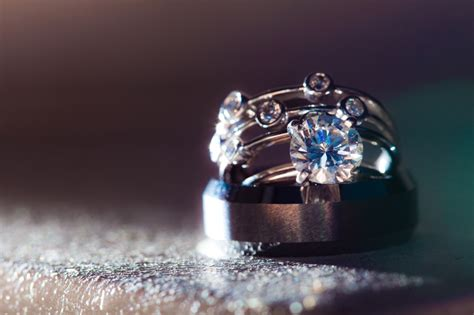 bling bling engagement ring and wedding