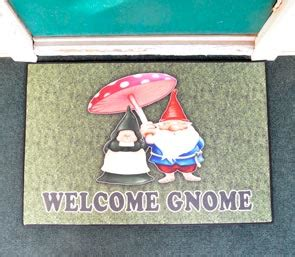 Gnome Welcome Mat by Welcome Gnome Door Mat Traditional 5285t 43 00 Open
