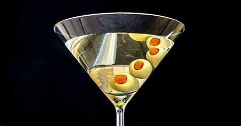 best way to drink vodka how to drink a martini gin vs vodka shaken vs stirred