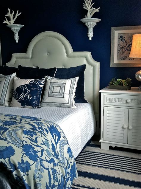 white and navy blue bedroom 10 charming navy blue bedroom ideas master bedroom ideas