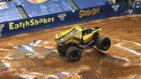 monster truck show va earth shaker monster truck monster jam richmond va 2017