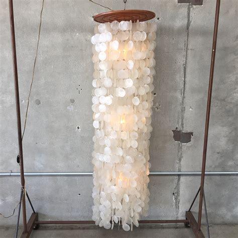 kronleuchter vintage vintage capiz shell chandelier urbanamericana