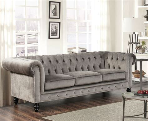 chesterfield sofa living room best 25 chesterfield ideas on chesterfield