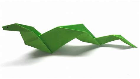 Easy Origami Snake - origami tutorial how to fold an easy paper origami snake
