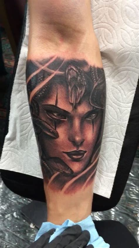 tucson tattoo expo medusa done by ebone capone of uptown in la