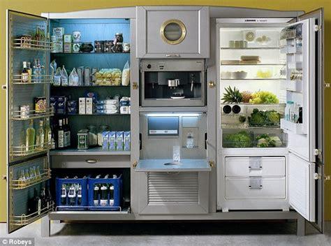 refrigerator    kitchen  model