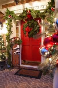 Decorating Your Porch For Christmas - christmas porch and front door decorating ideas adorable home