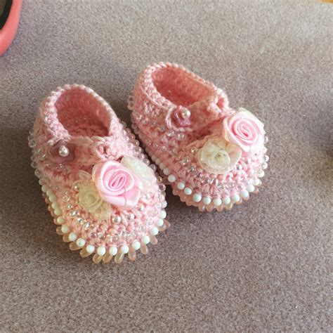 crochet baby shoes crochet baby shoes how to clearlyhelena