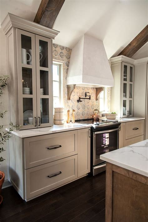 25 best ideas about fixer kitchen on fixer joanna interior paint