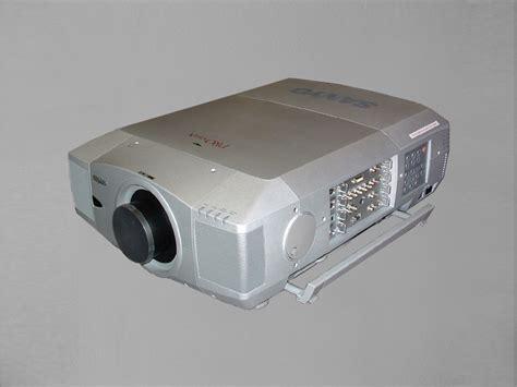 Lu Lcd Projector Sanyo sanyo xf 45 171 inter production equipment rentals