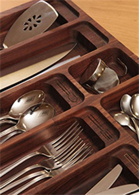 designed to fit in blum kitchen drawers 15ltr bin for general waste 7ltr bin for compost waste 7ltr bin for food waste and 2 convenient solid wood cutlery tray insert for drawers wood kitchen