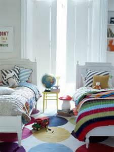 share decor ideas  wonderful shared kids room ideas digsdigs