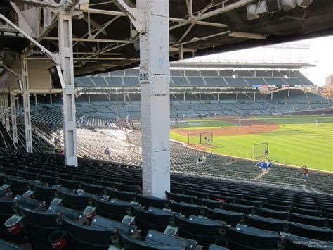 wrigley field section 240 how do terrace box seats differ from terrace reserve at
