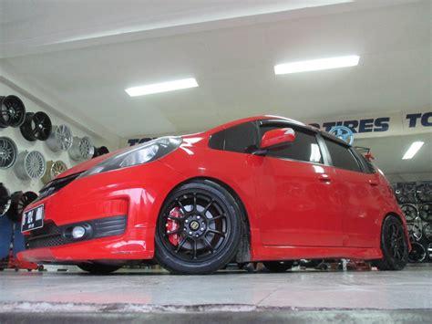 Mobil Honda Vr Honda Jazz Use Rays Vr Ze40 Hsr Wheel S Ring 15 Toko