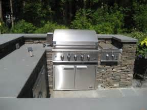 Bluestone Countertop outdoor kitchen with bluestone countertops and fieldstone
