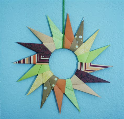 Origami Starburst - origami starburst wreath make and takes