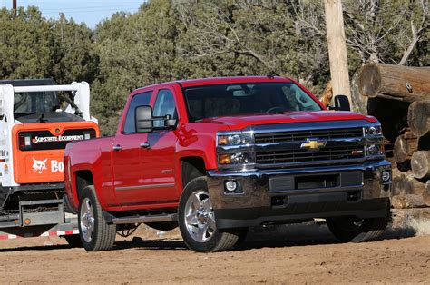 first chevy silverado 2015 chevrolet silverado hd and gmc sierra hd first drive