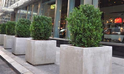 planters troughs barricade uk