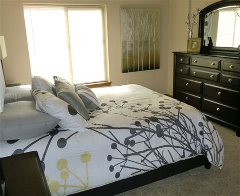 apartments with 2 master bedrooms bennington place apartments rentals wichita ks