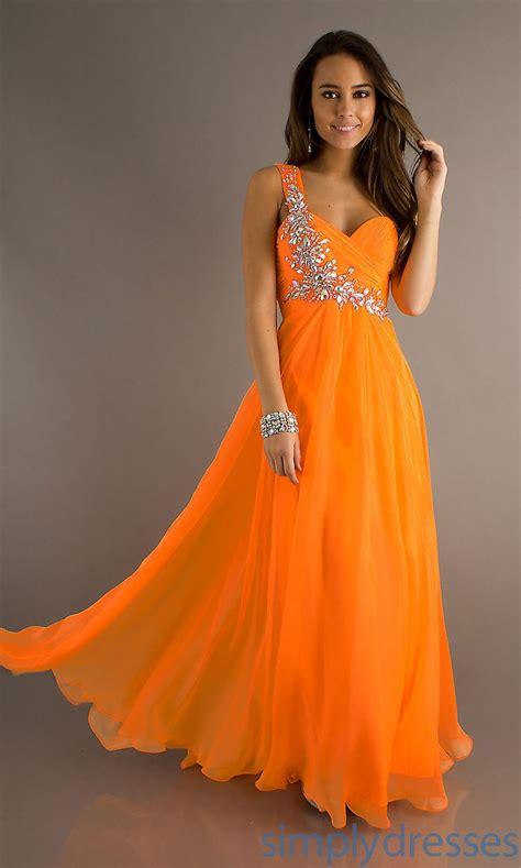 Dresss Orange 25 best ideas about orange prom dresses on