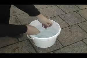 Pvc Boden Stinkt by Scheibenwaschanlage Verstopft So Wird Sie Wieder