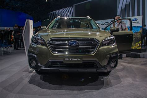 subaru outback 2018 2018 subaru outback gets new style tons of tweaks