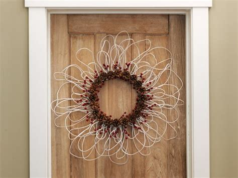 how to make a wreath from electrical wire berries and